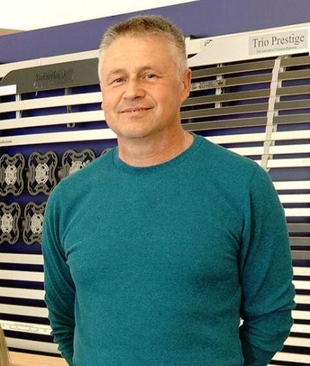 Mitarbeiter Matthias Lukas der Firma Matratzen Ultes in Landstuhl. Ihr Experte für gesundes Schlafen